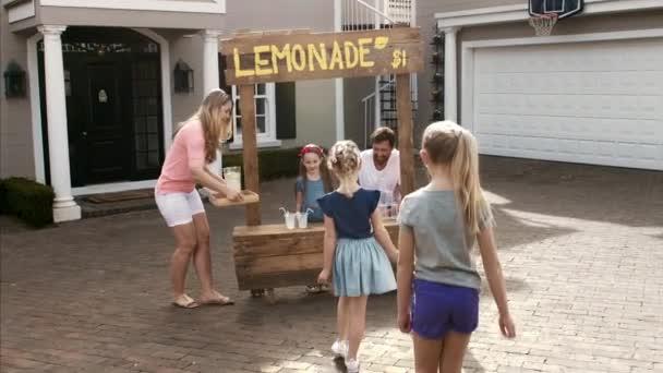 děti na limonády