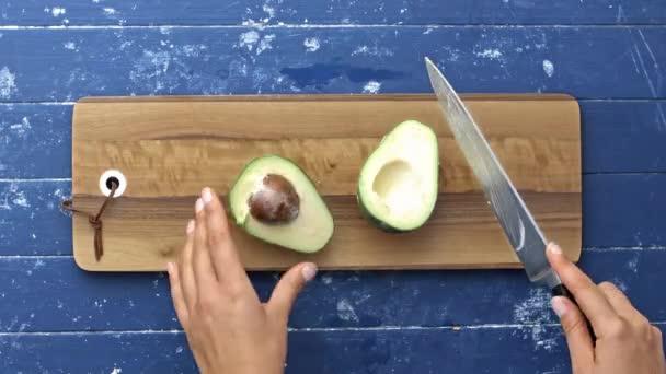 řezací avokádo pro salát
