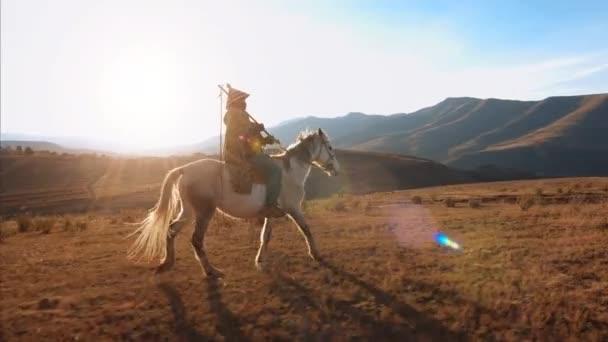 Autentické africké herder jezdecké koně