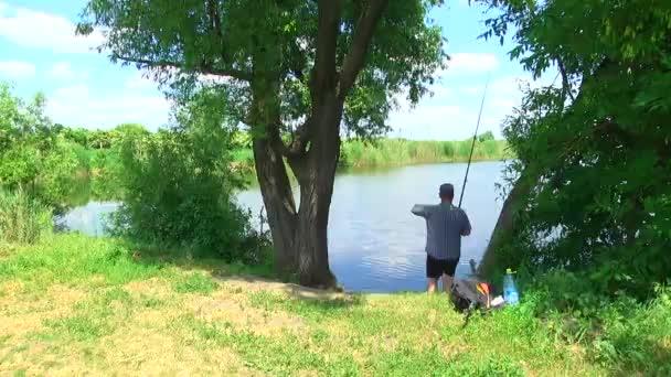 A halász a tó