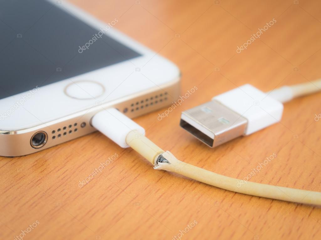 Thailand Iphone Charger