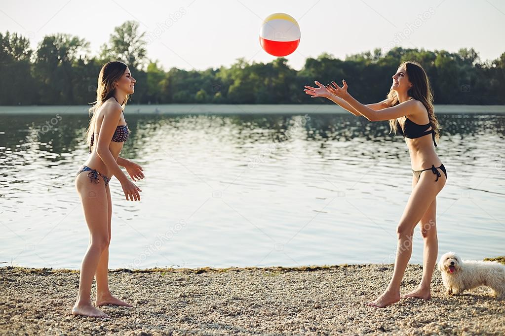 imagenes de chicas en pelotas