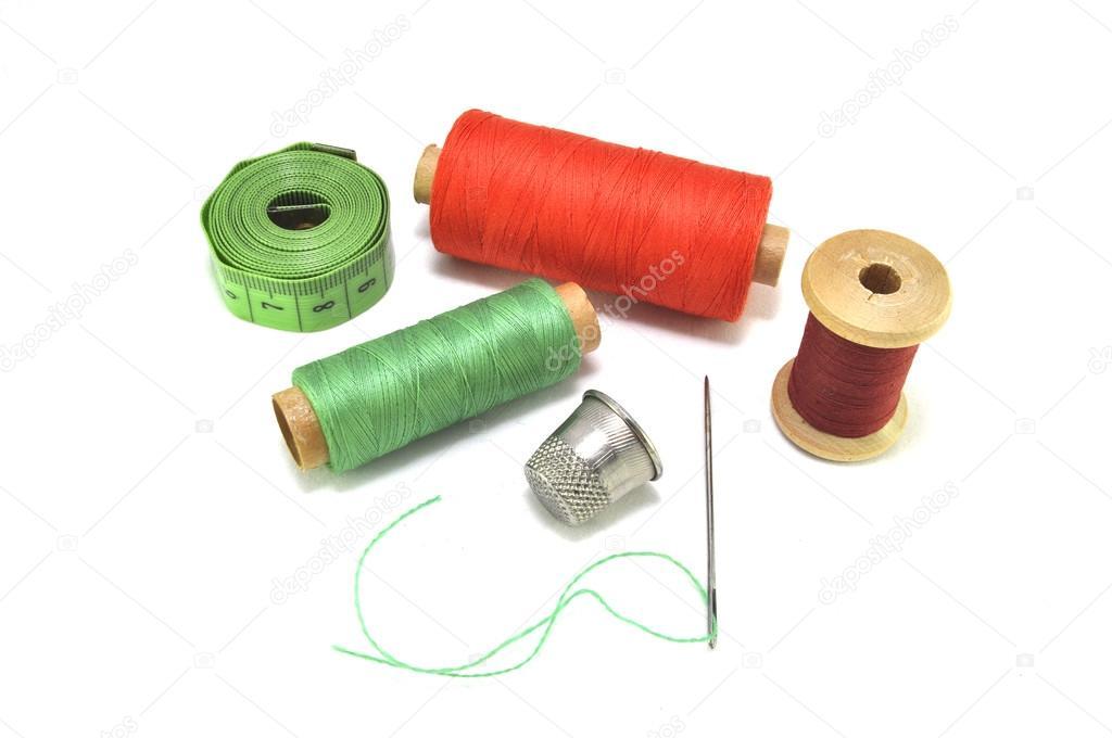 Accessori per cucito filo ago ditale aghi centimetro for Accessori cucito