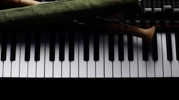 Synthesizer Keyboard and Block Flute