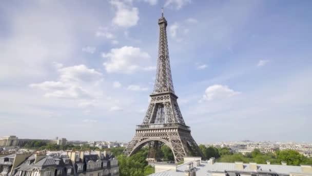 Krása z Eiffelovy věže.