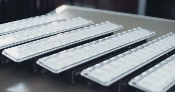 Sledování snímku Led svítidla v laboratoři
