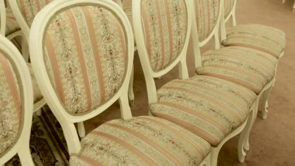 az art Nouveau stílusban világos székek