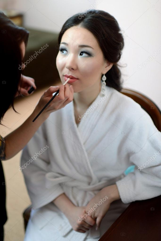 0b2d7b4a4a8184 Весільний макіяж для нареченої — Стокове фото — білий © pvstory ...