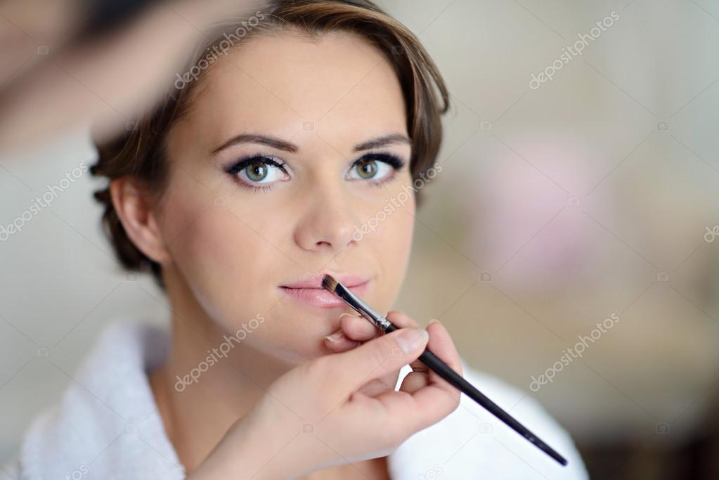 e118cbcbafb0eb Весільний макіяж для красивих нареченої — Стокове фото — білий ...