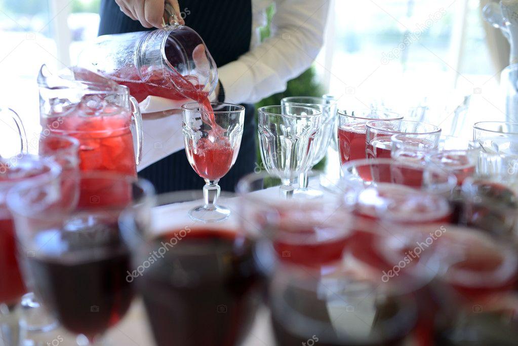 Schöne Hochzeit Getränke — Stockfoto © pvstory #104699930