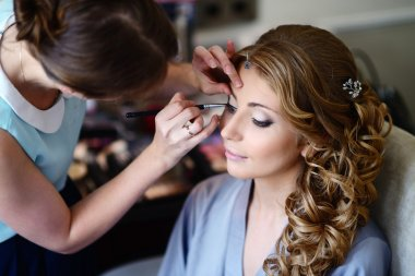 Wedding makeup for bride