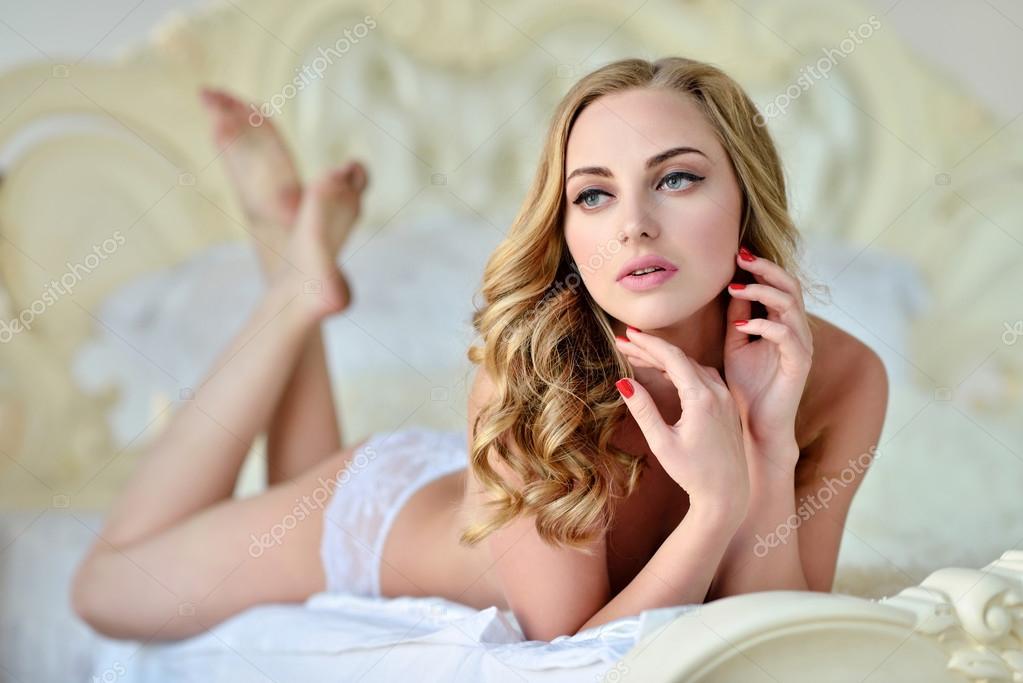 Blonde Femme Nue 87