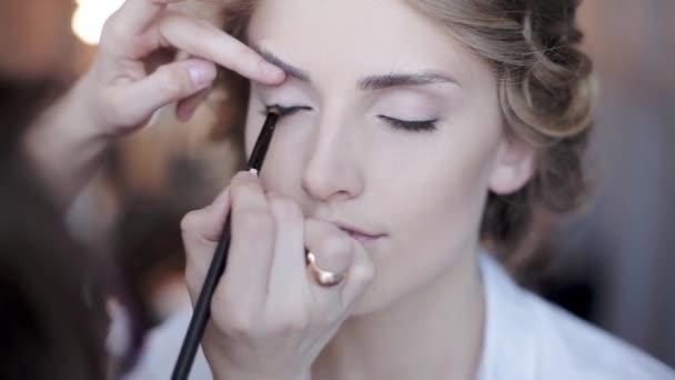 Svatební make-up proces