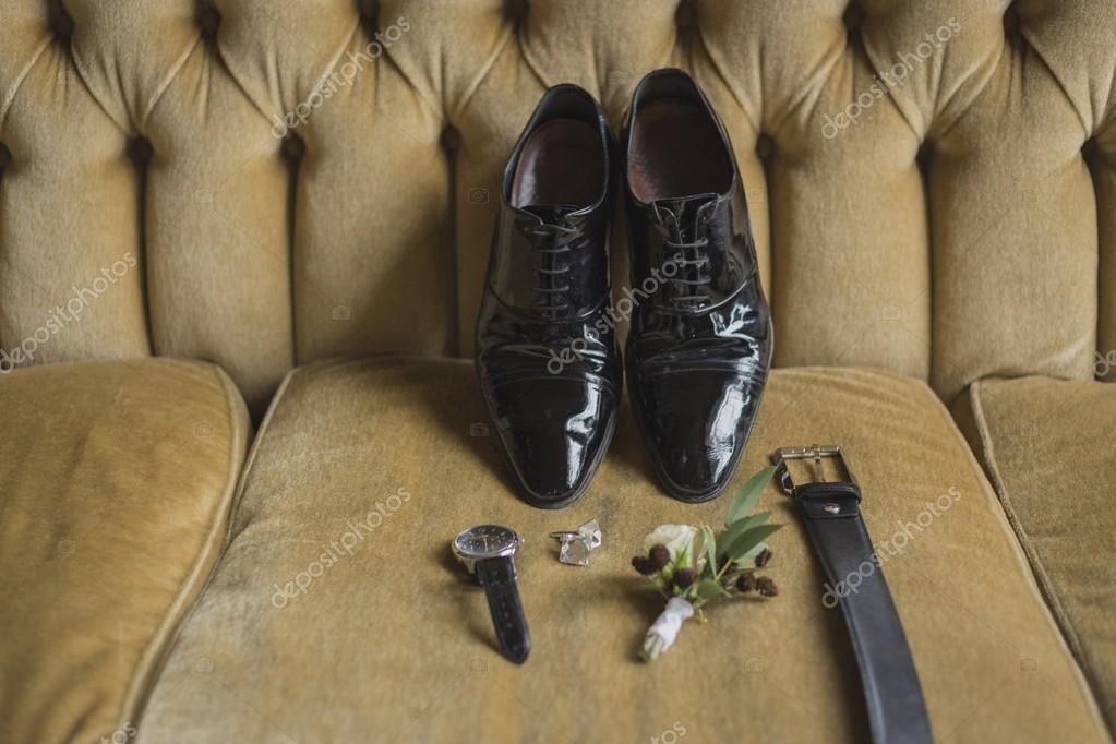 a594e9a334d2 Dettagli del matrimonio. Accessori sposo. Scarpe