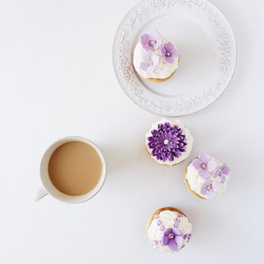 Coffee and violet cakes