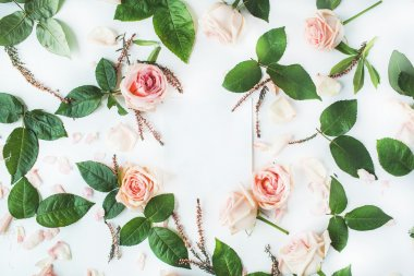 Empty paper blank with pink roses