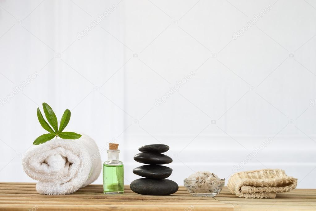 spa accessories with stones