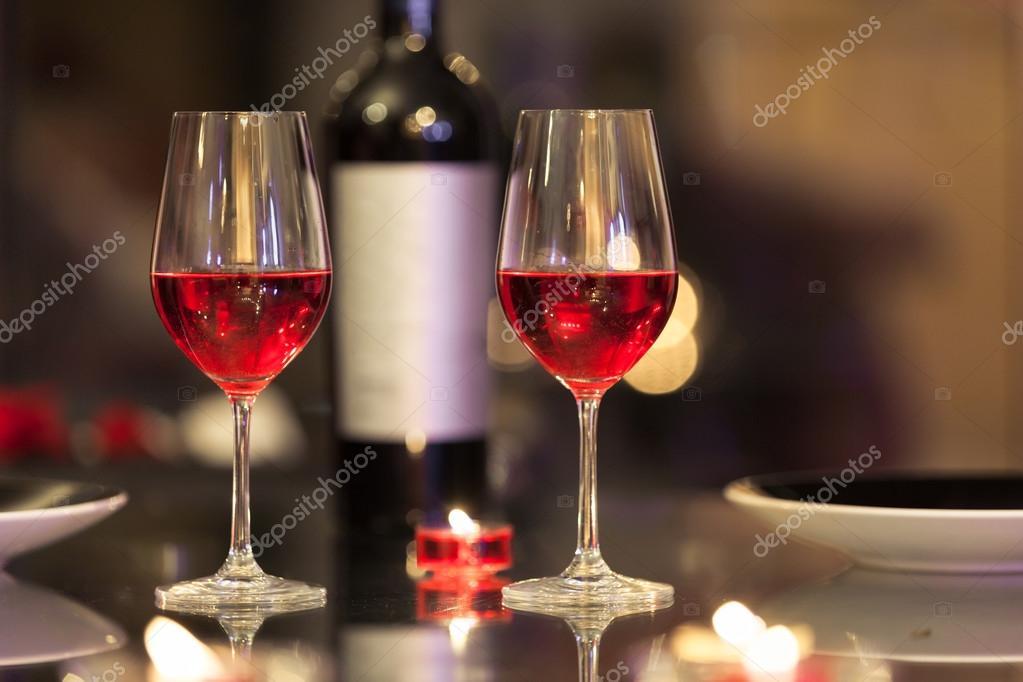 Cena rom ntica con velas foto de stock kieferpix 117110606 - Cena romantica con velas ...