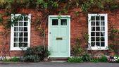 Bejárati ajtót, egy vörös tégla London óvárossal ház