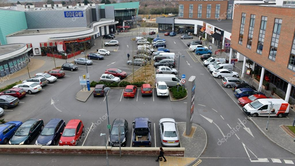 View Of A Car Park Next To A Bar And Restaurant Entertainment Complex Stock Editorial Photo C 1000words 108004514
