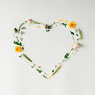 Heart symbol made of flowers