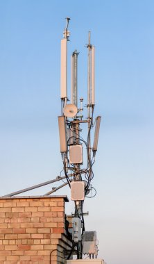 Masts and antenna cellular system