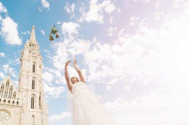 Bouquet Toss | Destination Wedding Budapest