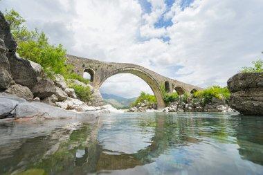 Old Mes Bridge