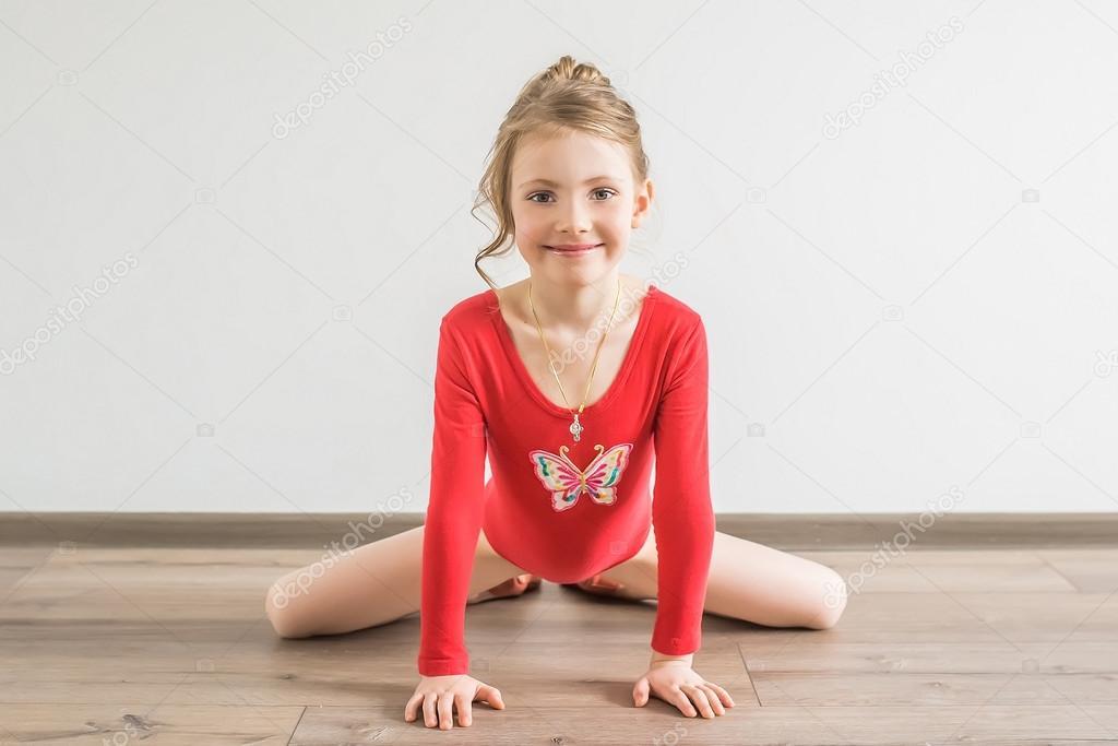 Teen gymnastics model trampoline fail 7