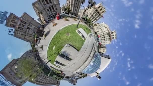 Kis apró Planet 360 fok, Kijev. Maidan