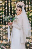 Fotografie Beautiful bride outdoors