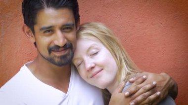 Ромэй супруги в постели фото видео прижал девушку