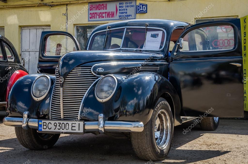 LVIV, UKRAINE - APRIL, 2016: Old vintage retro car with chrome parts ...