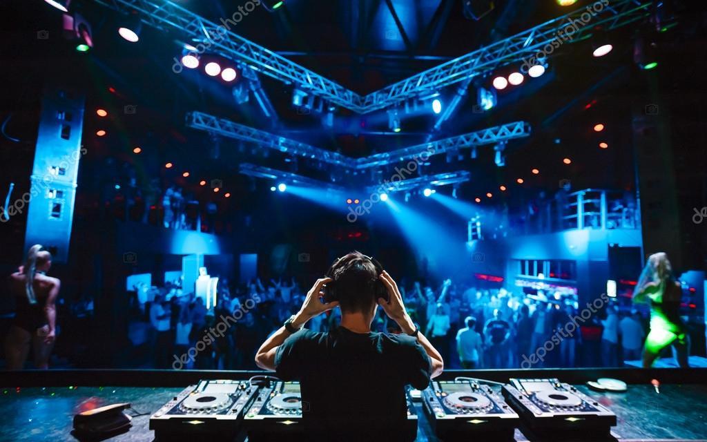 nightclub allover printed dj - HD3000×1875