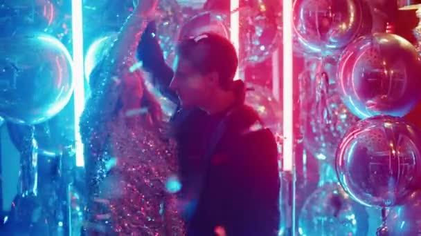 Видео ночных клубов для женщин ночной клуб в лосино петровском