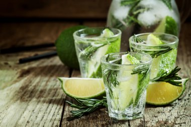 Lime Lemonade with rosemary and ice