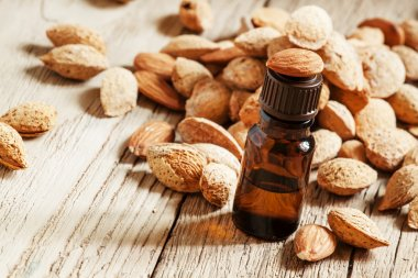 Essential oil of sweet almonds