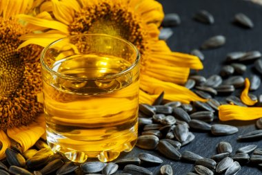 Fresh sunflower oil in a glass