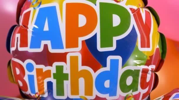 Glückwunsch zum Geburtstag auf Luftballons