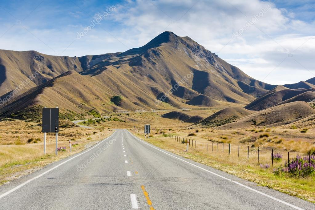 Scenic mountains road