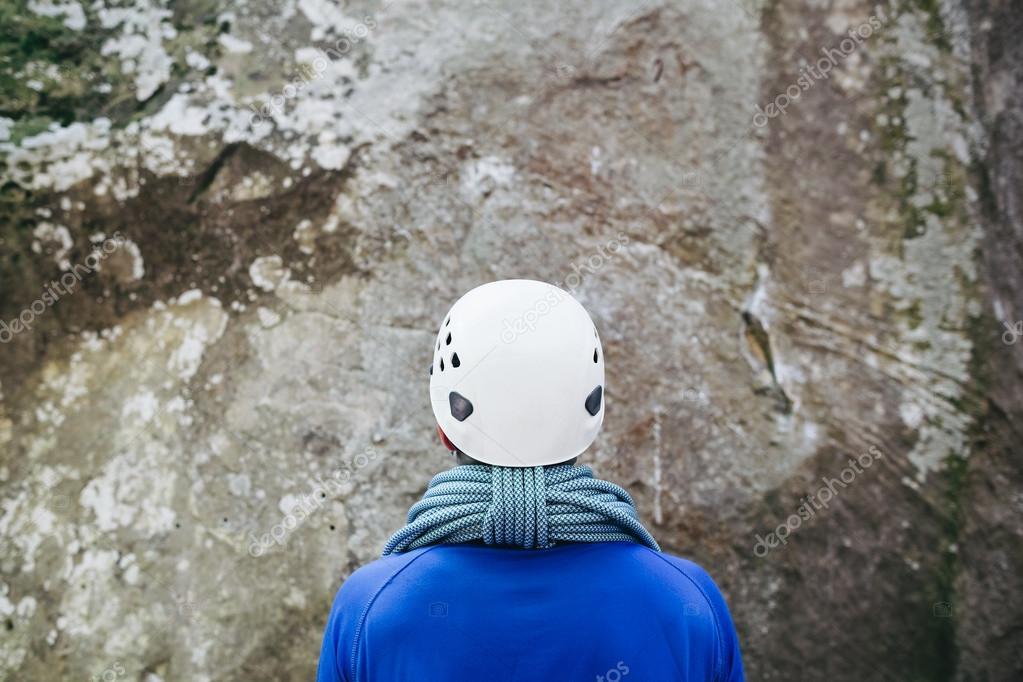 Kletterausrüstung Was Braucht Man : Serie von der wand zum fels teil kletterausrüstung