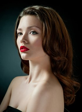Luxury portrait of beutiful woman