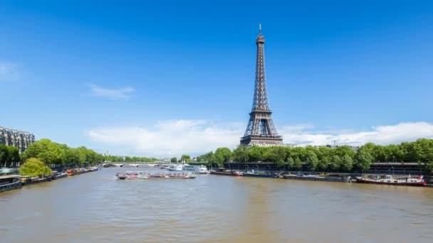 Řeku Seinu z Eiffelovy věže, Paříž