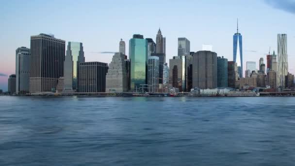Světové obchodní centrum a Manhattan