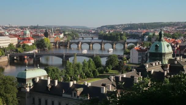 Řeka Vltava a mosty, Praha