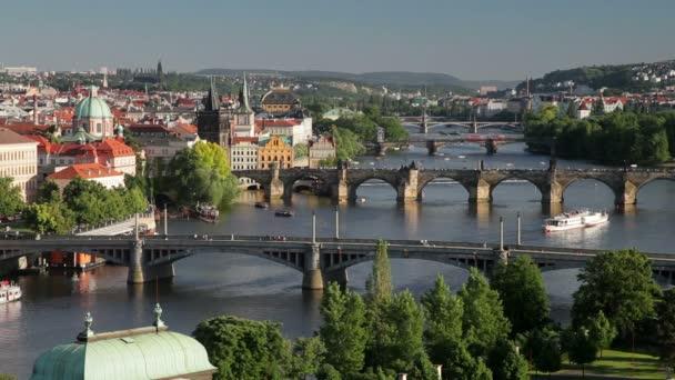 řeka vltava a Karlův most, Praha