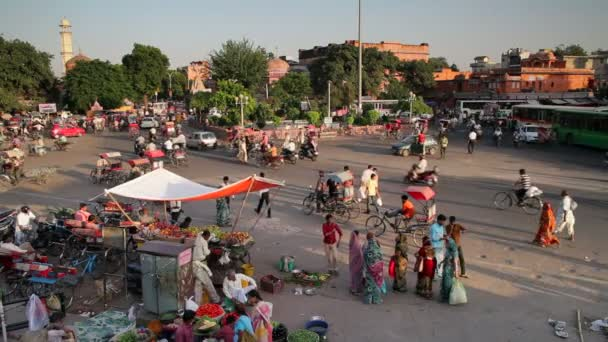 street life in the City of Jaipur