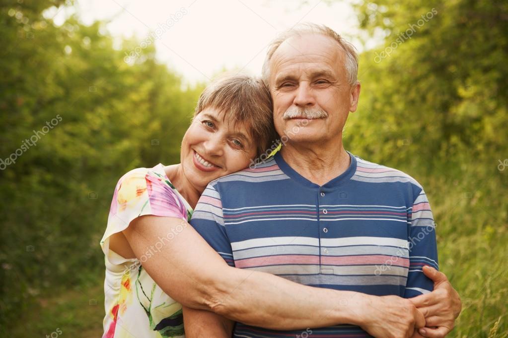 Dating mycket äldre förmögen man