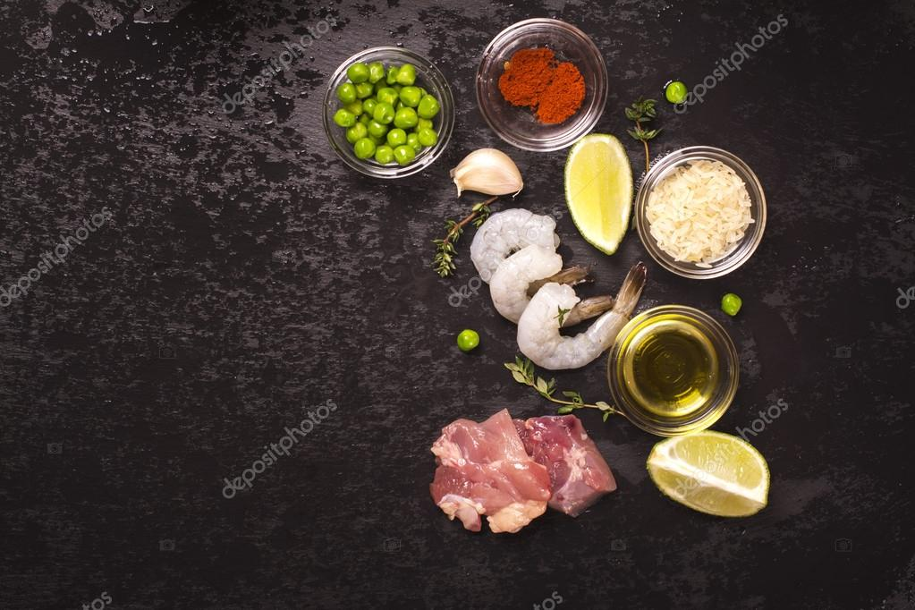 Spanish paella ingredients