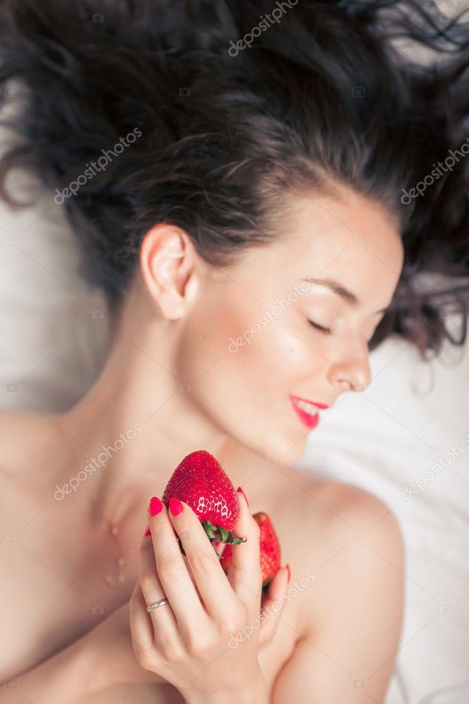 Strawberry Redhead Adult